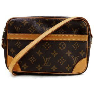 💯 Auth Louis Vuitton  Trocadero 23 Crossbody Bag